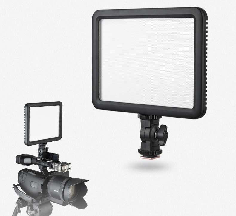 Products_Continuous_LEDP120_Video_Light_02.jpg